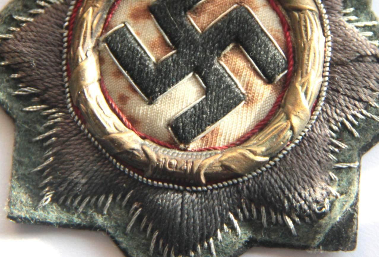 Deutsches Kreuz/German Cross in gold cloth - opinions?