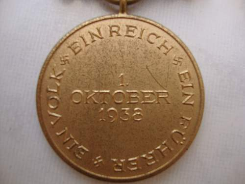 Click image for larger version.  Name:medals 099.jpg Views:34 Size:152.0 KB ID:89828