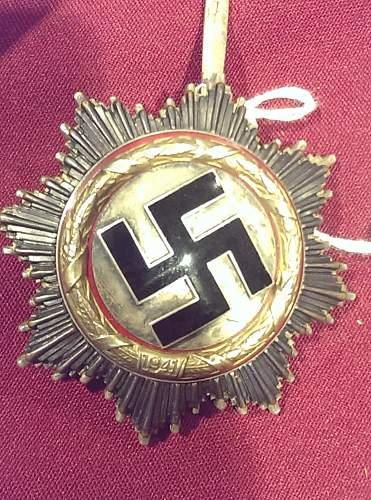 Deutsches Kreuz in Gold help -Real?