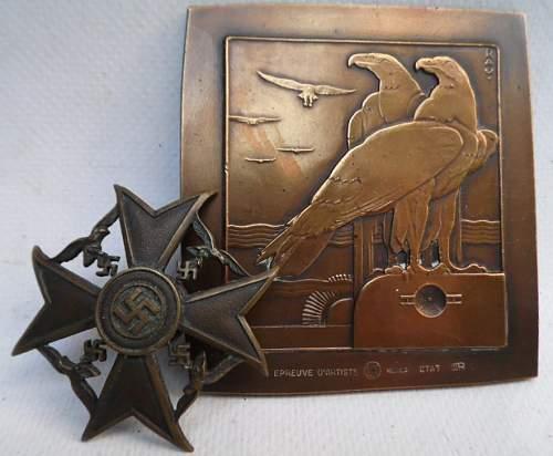 Click image for larger version.  Name:rau medal 005.JPG Views:26 Size:139.9 KB ID:916314