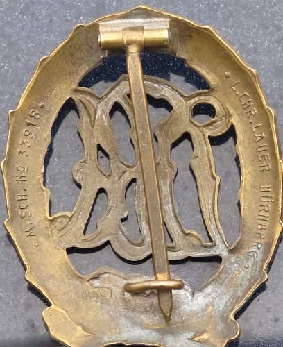 DRA Sports Badge-Deutsches Sportabzeichen With Stick Pins-Anstecknadel