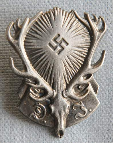 Click image for larger version.  Name:1 German Hunting Association Membership Badge front.jpg Views:44 Size:223.5 KB ID:938251