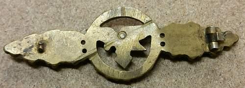 German metal badges, genuine items ???