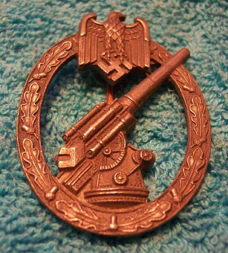Panzer and Heer Flak artillery badges: Authentic?