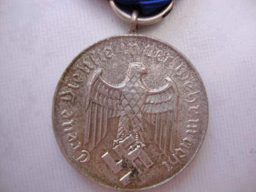 4 Year Armed Services Medal w/ Luftwaffe Clasp & Police Long Service Medal: Authentic pieces?