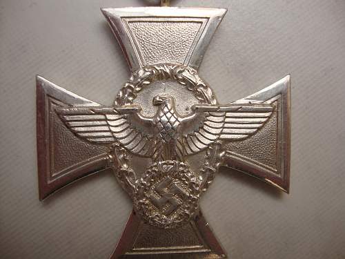 Click image for larger version.  Name:medals 041.jpg Views:2748 Size:239.9 KB ID:95518