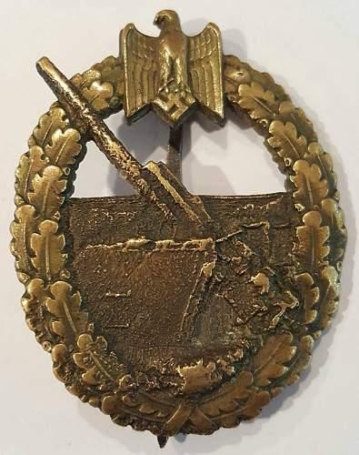 Coastal Artillery (Keigsabeichen Marineartillerie)badge fake ?