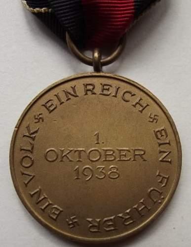 Click image for larger version.  Name:Sudetenland Medal Back.jpg Views:14 Size:27.0 KB ID:976425
