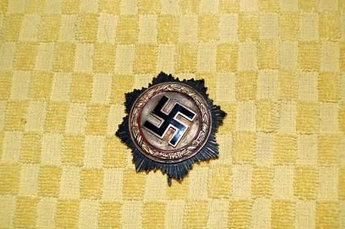 Deutsches Kreuz/German gold cross info wanted....