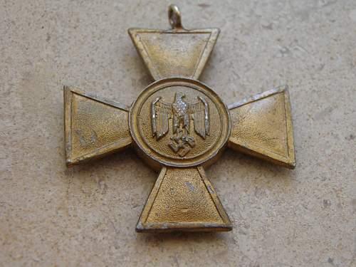 Dienstauszeichnung der Wehrmacht 1.Klasse, 25 Jahre - Opinions pls