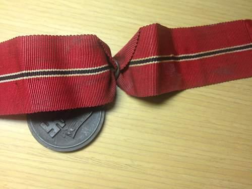 """Medaille """"Winterschlacht im Osten 1941/42"""" (Ostmedaille) Fake?"""