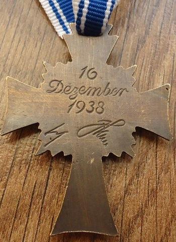 Name:  Repro Bronze £12 rev.jpg Views: 48 Size:  91.1 KB
