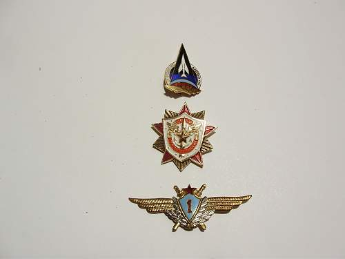 Click image for larger version.  Name:russian medals 001 - Copy.jpg Views:37 Size:122.8 KB ID:1002647