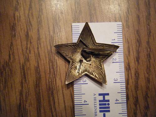 Russian cap badge