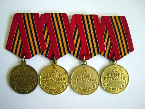 Click image for larger version.  Name:Capture of Berlin Medals 001.jpg Views:189 Size:91.9 KB ID:2929