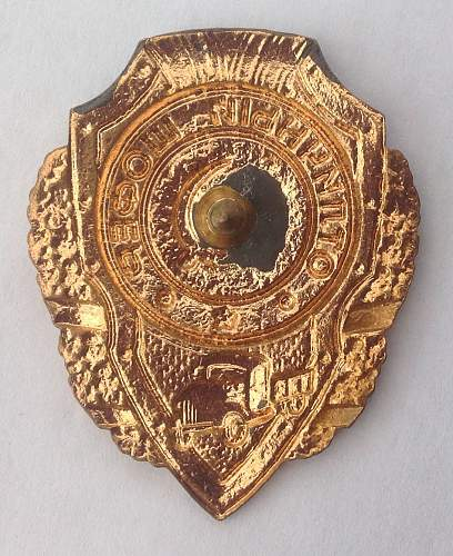 Click image for larger version.  Name:Excellent Drivers badge reverse.jpg Views:23 Size:207.5 KB ID:599764