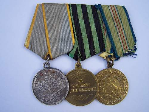 Click image for larger version.  Name:Soviet awards, Nov2013 001.jpg Views:80 Size:334.9 KB ID:600252