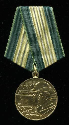 Click image for larger version.  Name:Leonid Ivanovich Syromiatnikov medal.jpg Views:19 Size:312.8 KB ID:604569