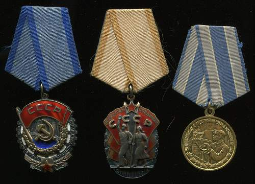 Click image for larger version.  Name:medals 1.jpg Views:26 Size:333.8 KB ID:612301