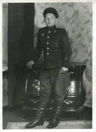 Click image for larger version.  Name:Alexander Karpovich Bolbas, 1946.jpg Views:100 Size:322.3 KB ID:638998