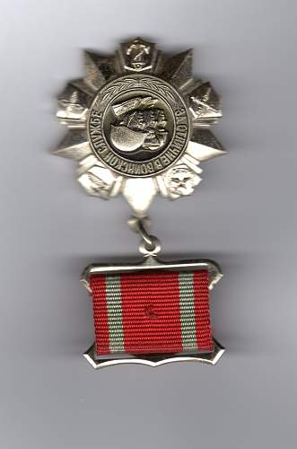 Click image for larger version.  Name:medal005.jpg Views:14 Size:204.2 KB ID:753689
