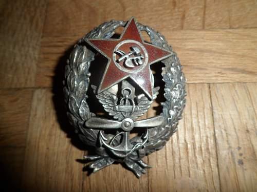 Soviet Naval Air Force badge, help needed