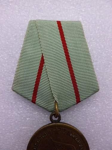 Click image for larger version.  Name:Medal Defence of Stalingrad 4.jpg Views:90 Size:199.9 KB ID:872163