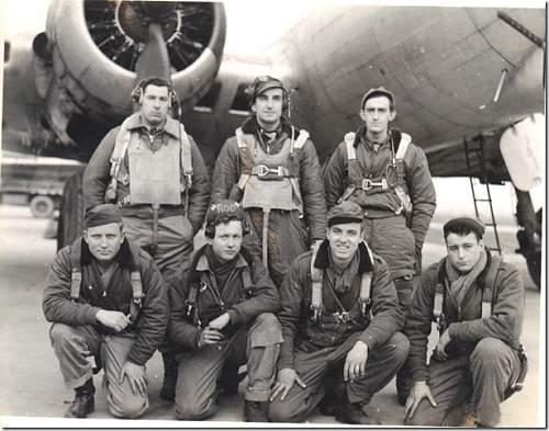 Air Medal box, ribbons, paperwork and pilot wings
