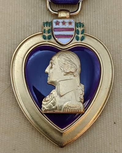 Purple Heart - Full wrap Brooch - Un-named in box
