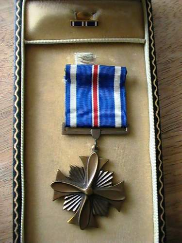 US WW2 Distinguished Flying Cross medal