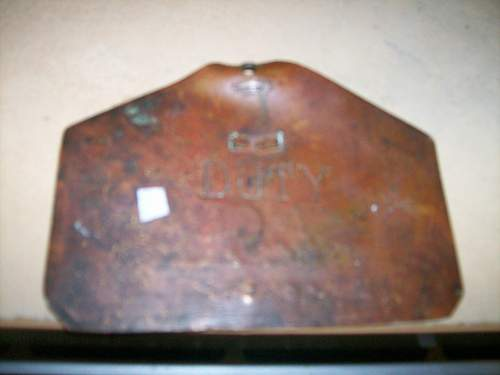 what is this ? irish guards plaque ?