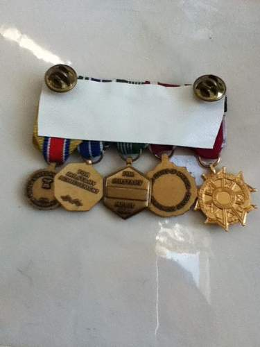 WWII Early Issue Air Medal, ID help with Colonel's Mini Medals