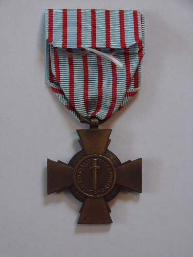 help id these medals