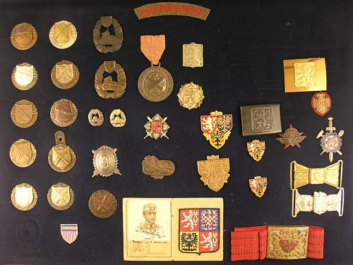 Click image for larger version.  Name:Czech Badges.jpg Views:408 Size:56.3 KB ID:301976