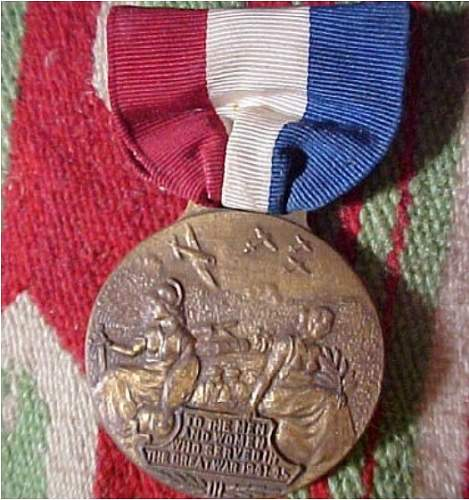 Click image for larger version.  Name:mystery medal.jpg Views:58 Size:117.0 KB ID:434856
