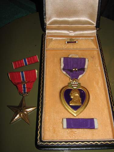 Click image for larger version.  Name:heart with campaign star & bronze star.jpg Views:76 Size:322.7 KB ID:441474
