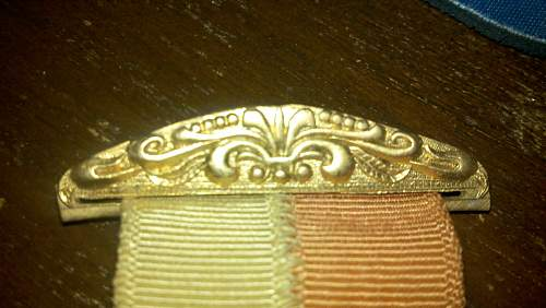 Unknown medal ribbon, maybe military?