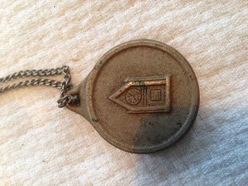 Help Identify Medal?