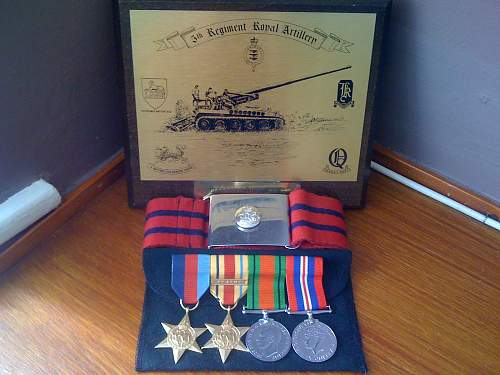 WW2 British medals (replacements)+ Other pieces.