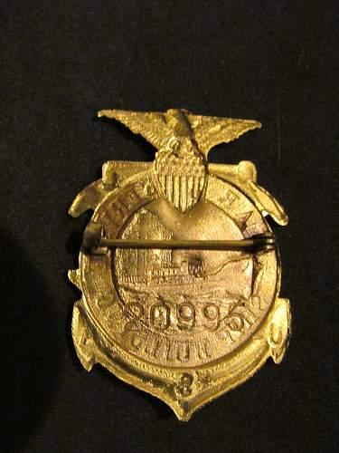 WW 1 WW 2 ??? Ship building pin