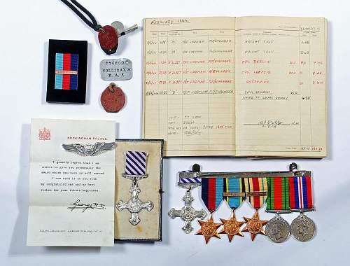 WW2 RAF Flt.Lt. group for auction.