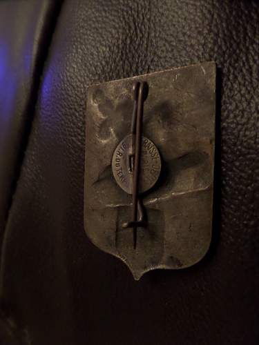 Help needed with French Badge
