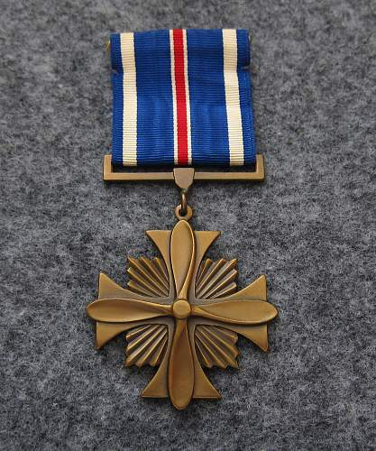 WW2 Distinguished Flying Cross for review