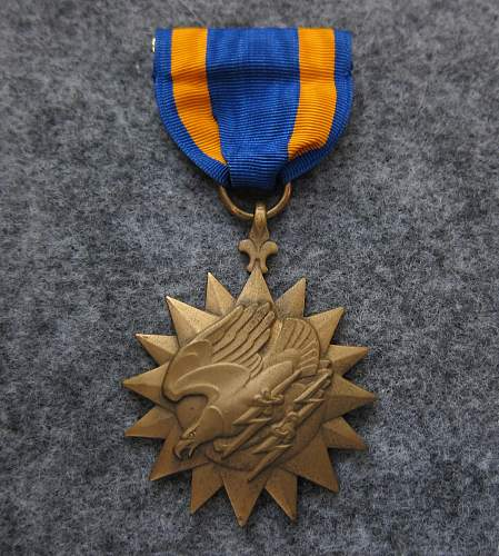 WW2 Air Medal for review