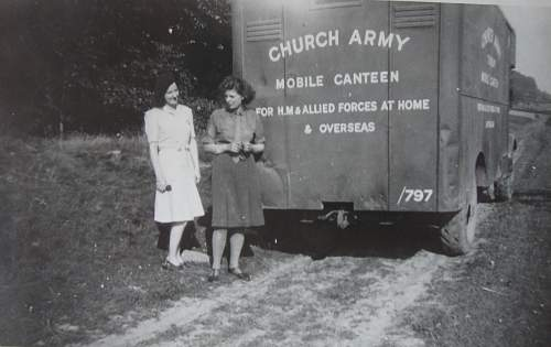Church Army Mobile Canteen - defence medal and ID question.