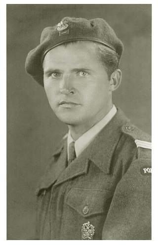 Click image for larger version.  Name:dad1944.jpg Views:15 Size:93.7 KB ID:947417