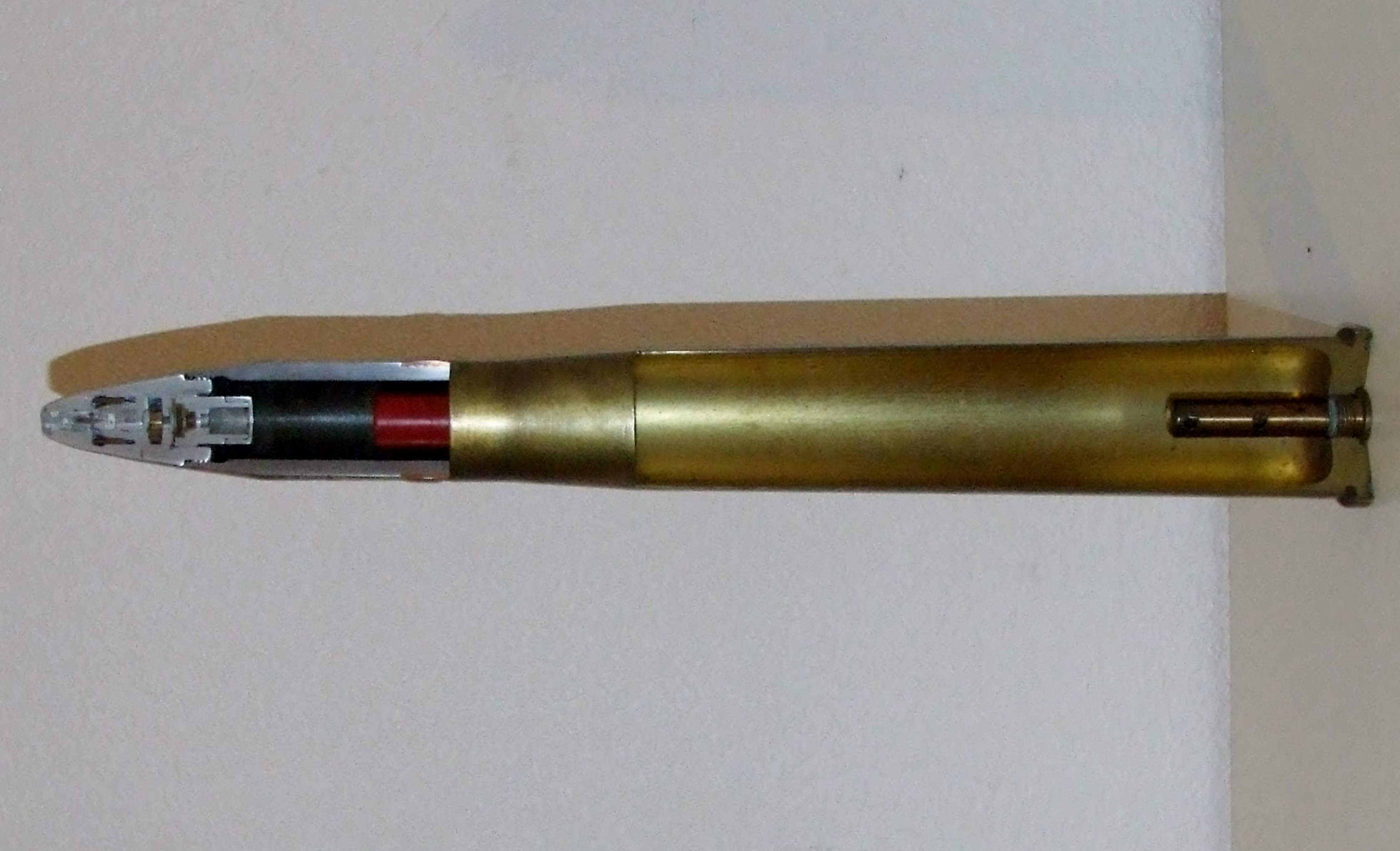 D Bofors Mm Shell Dscf on S Shell Cutaway