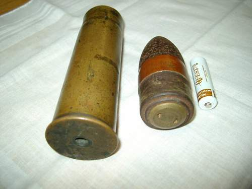 WWII canon/artillery shell ID
