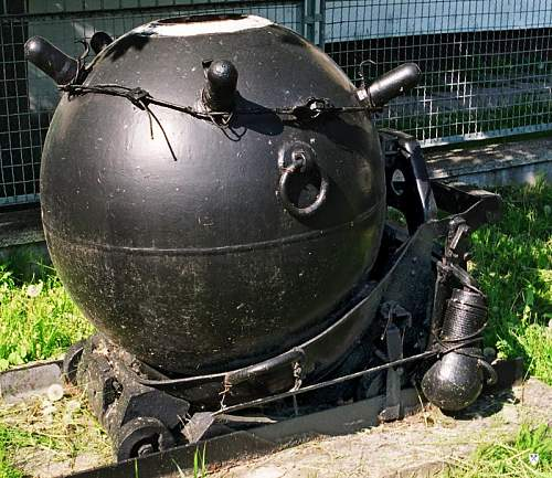 Click image for larger version.  Name:sea mine 3.jpg Views:12 Size:118.4 KB ID:1109587