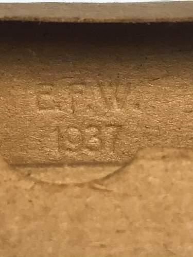 7.92mm Mauser rounds + Cardboard box